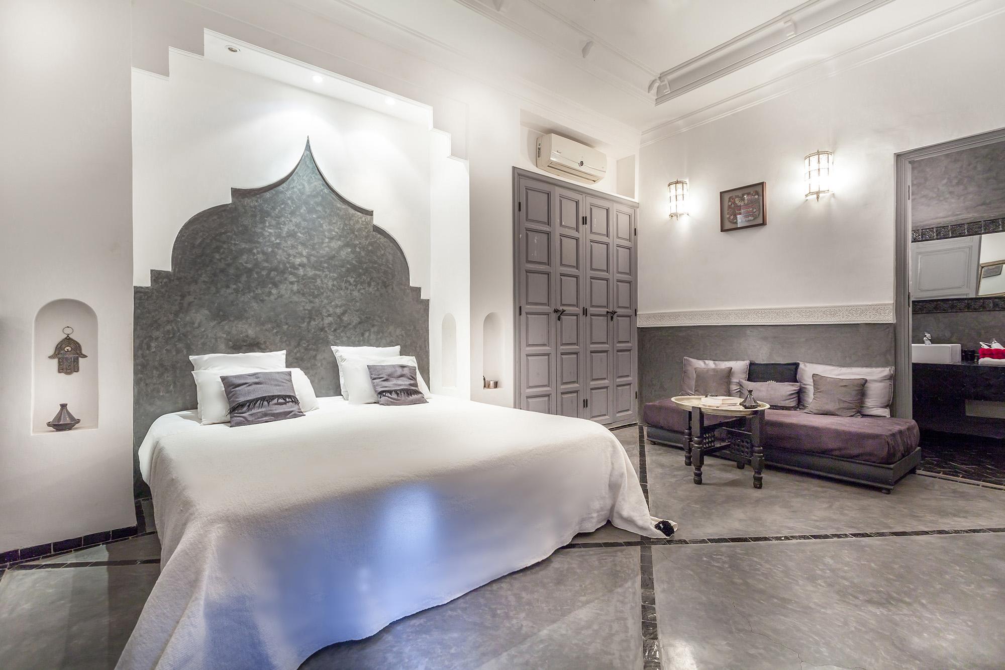 chambre marrakech pas cher free tte de lit pas cher ides diy with chambre marrakech pas cher. Black Bedroom Furniture Sets. Home Design Ideas